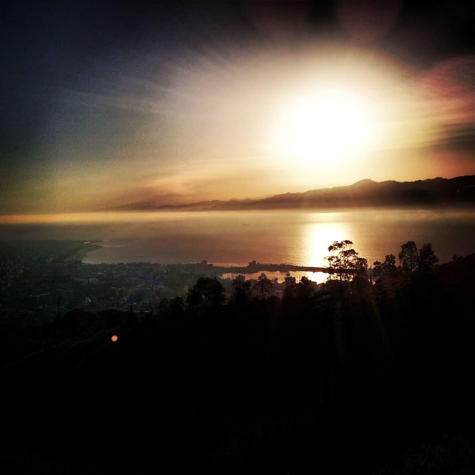 Stretto di Messina, Reggio Sunpower Sky Sunshine Sunset Sunset_collection Sunlight Sunshine ☀ Supersky Fullpower Mistycal Calabria (Italy) ReggioCalabria Sicily Stretto Di Messina