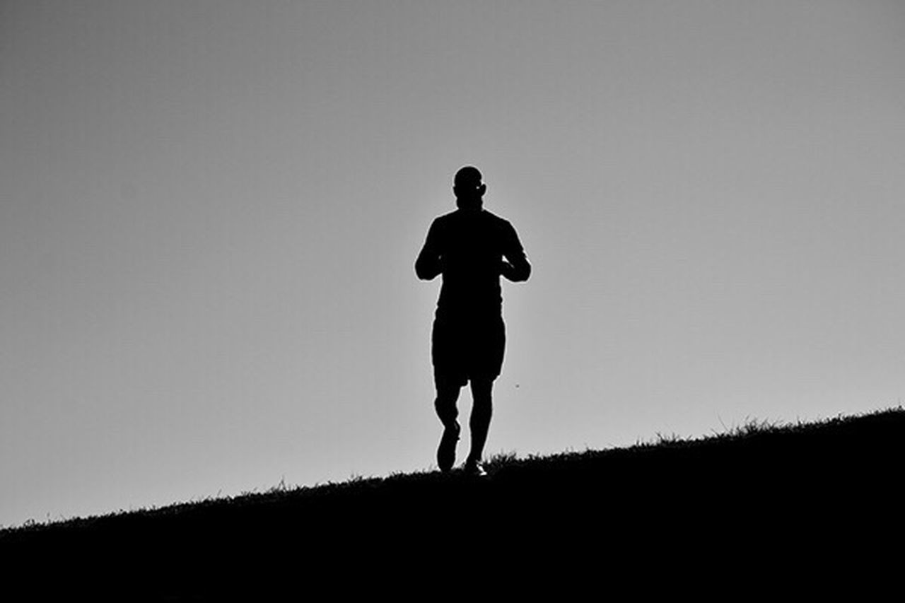 Monochrome Monochromatic Monoart Running Abstract Contrast Bnw Bnw_friday_eyeemchallenge Blackandwhite Exercise Jogging High Contrast Art