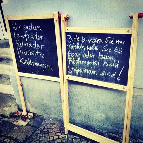 Ansage. Secondhand Shop Berlin Charlottenburg  sign children kids