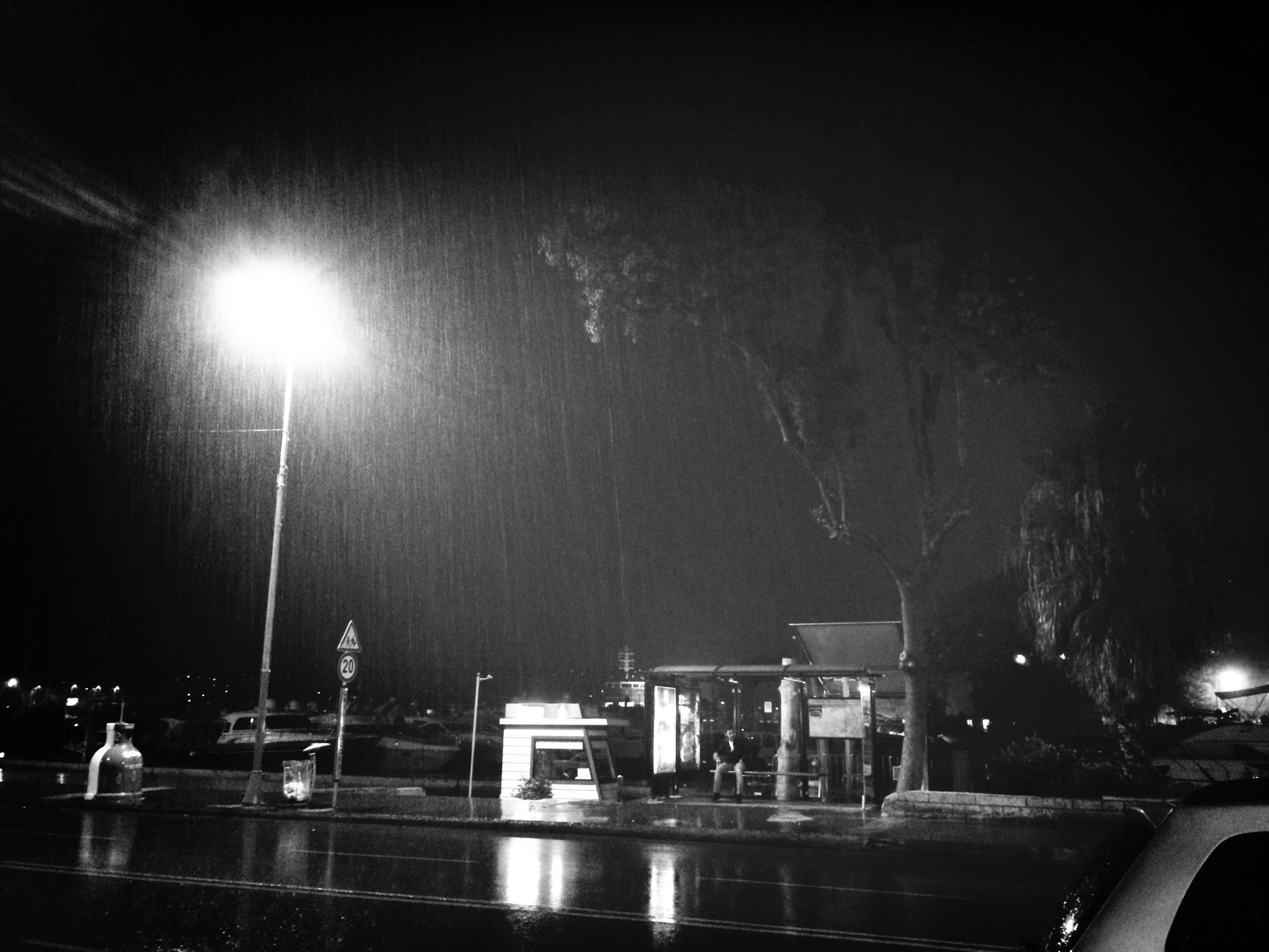 Yağmur Nöbet Saatsabahayakın Sokaklarsakin