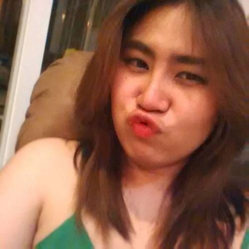 ในส่วนของคืนนี้.... นอนสิคะรออัลไล!!! กัญชเป็นคนตัลหลก เอ๋อรักเอ๋อเล่ออ นอนไงละผมยังไม่ได้ทำสีกล้องยังไม่ได้ดู ดี๊ดี Asiangirl Fun Women Girl Cute Thailand
