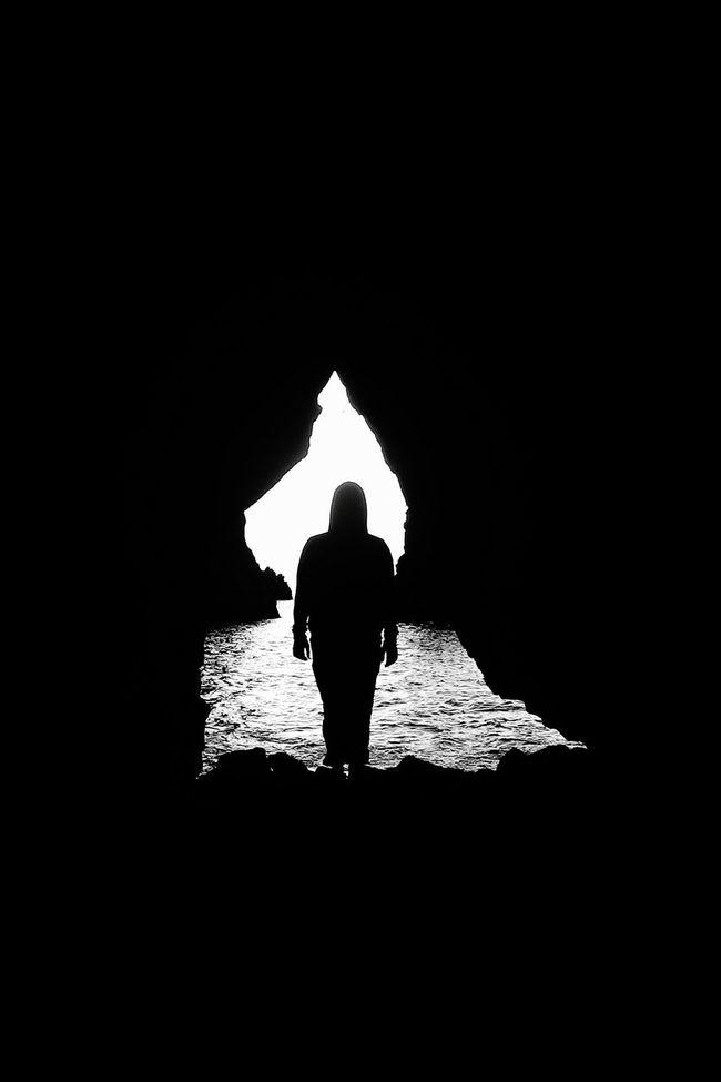Walk through the darkness.. Rain..Hello World Hole Of Light