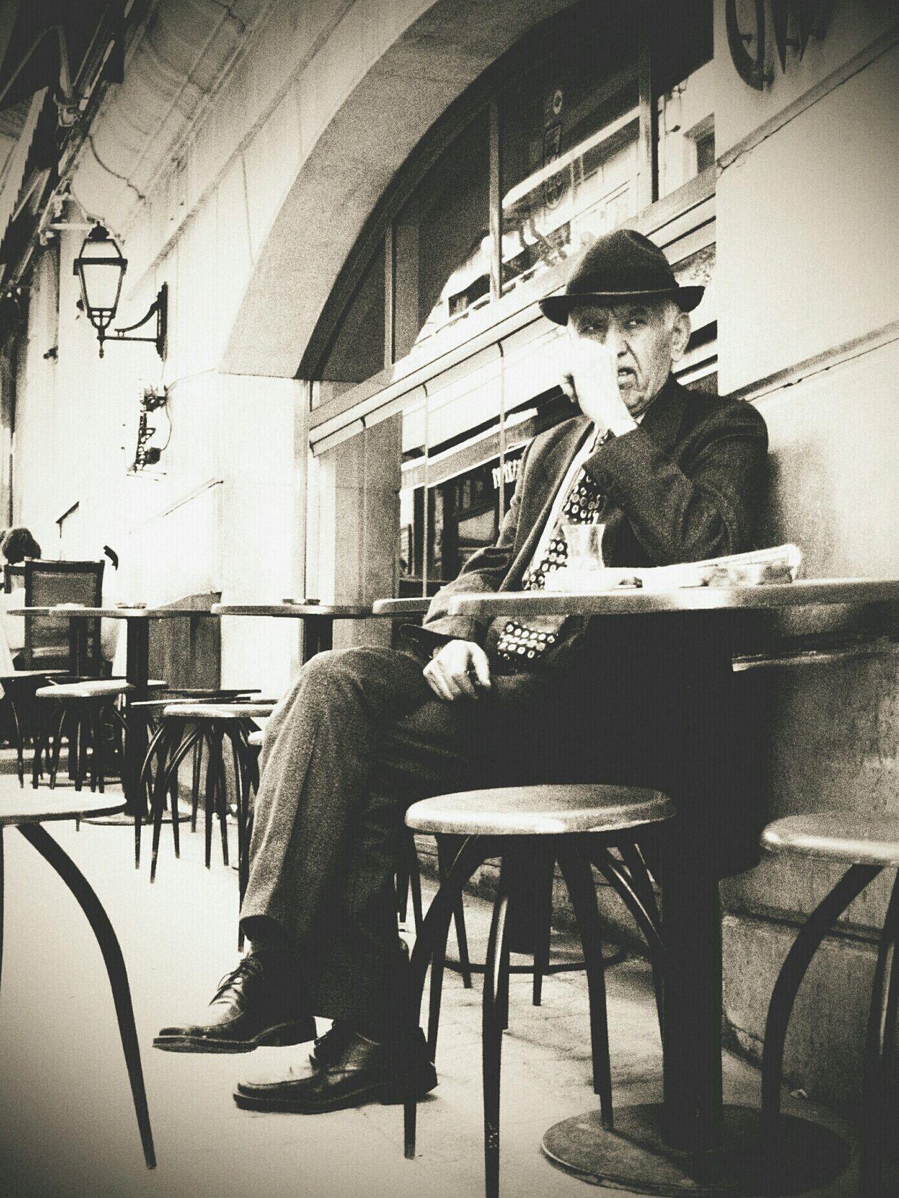 strangers: rock'n'rolla. istanbul, turkey. november 2o12. Eye4photography  Streetphotography Portrait Bw_collection