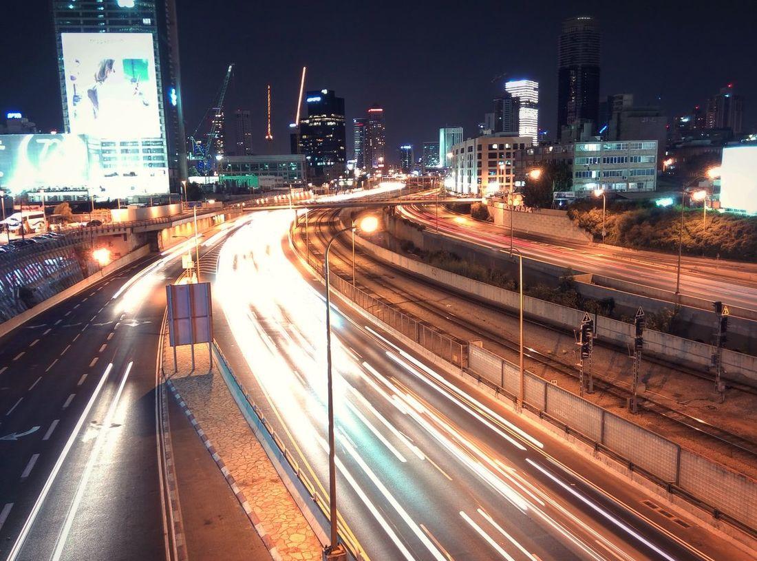 Ночной Тель-Авив — город, который никогда не спит. Telaviv Night City City Life Street Road Tel Aviv First Eyeem Photo