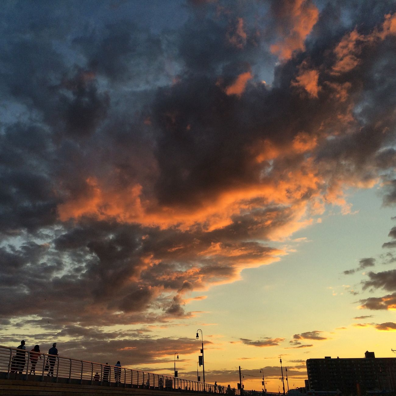 Sunset At Long Beach, NY Beautiful Sky EyeEm Best Shots Sunset #sun #clouds #skylovers #sky #nature #beautifulinnature #naturalbeauty #photography #landscape