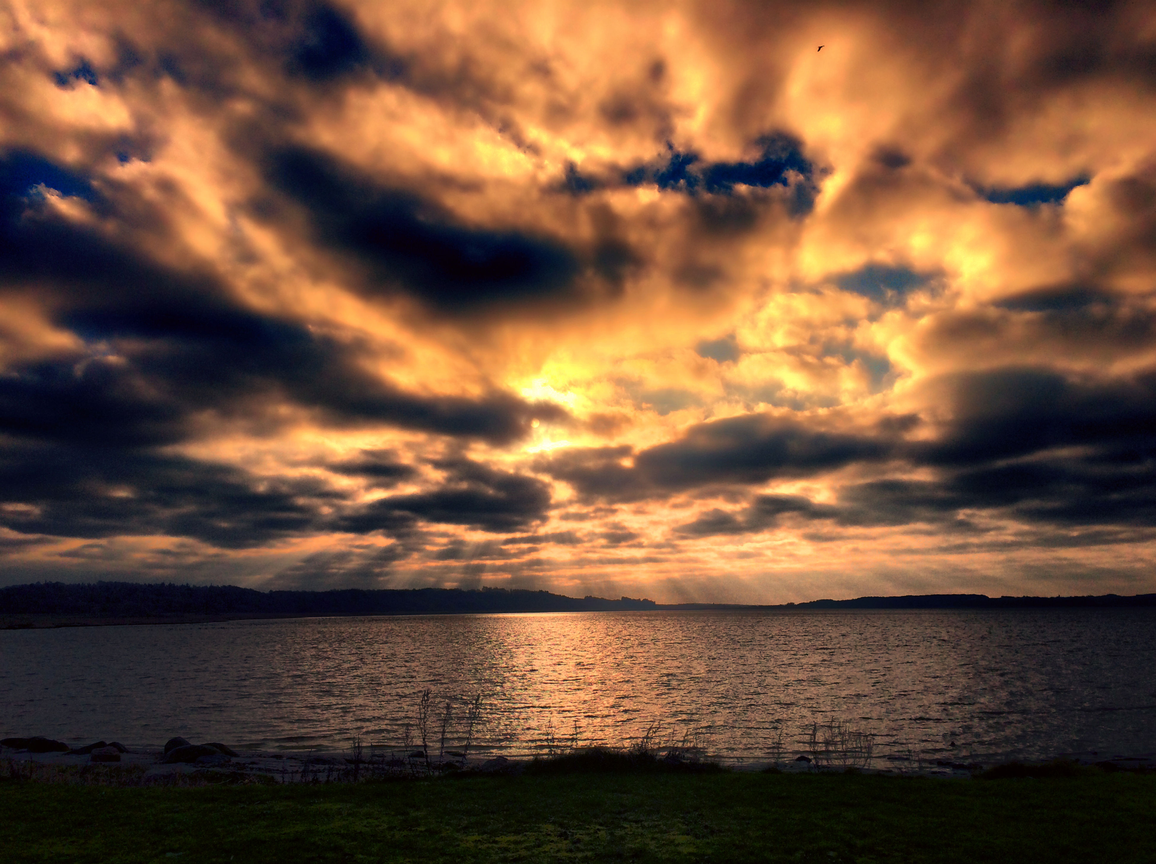 sunset, sky, tranquil scene, scenics, water, tranquility, beauty in nature, cloud - sky, cloudy, lake, nature, idyllic, cloud, orange color, reflection, dramatic sky, sea, non-urban scene, outdoors, no people