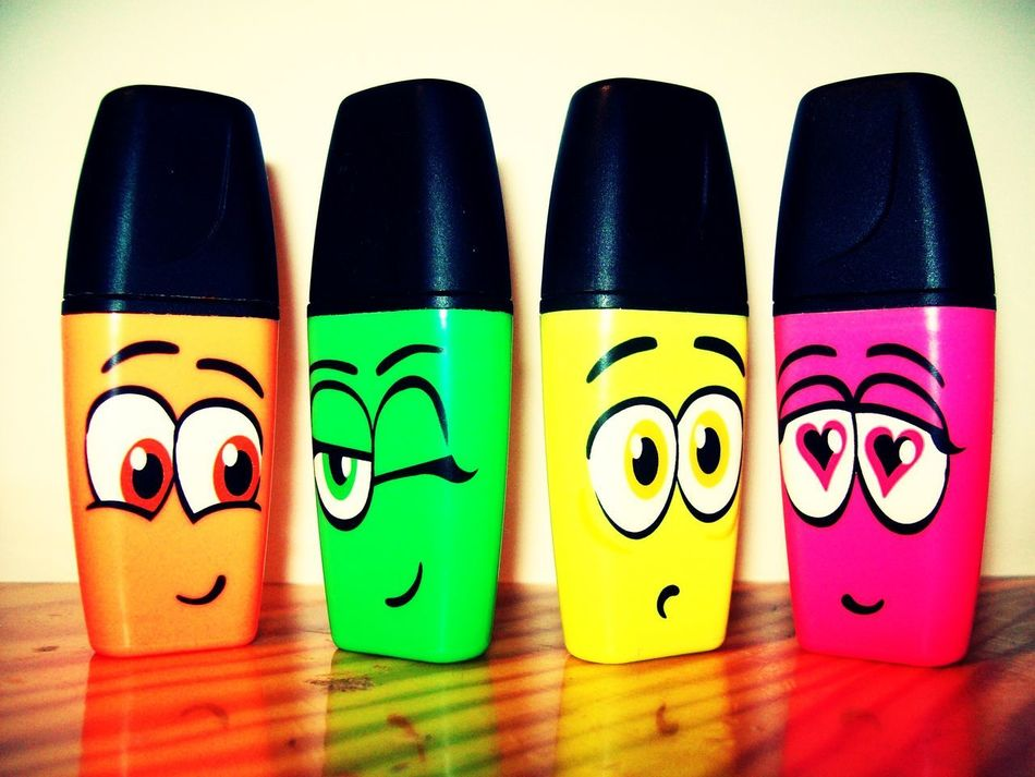 Anthropomorphic Face Close-up Felt Pens Funny Faces Green Highlighters In A Row Indoors  Love Eyes Multi Colored No People Orange Pink Variation Wink Yellow Visual Communication Show Emotion Things I Like School Supplies