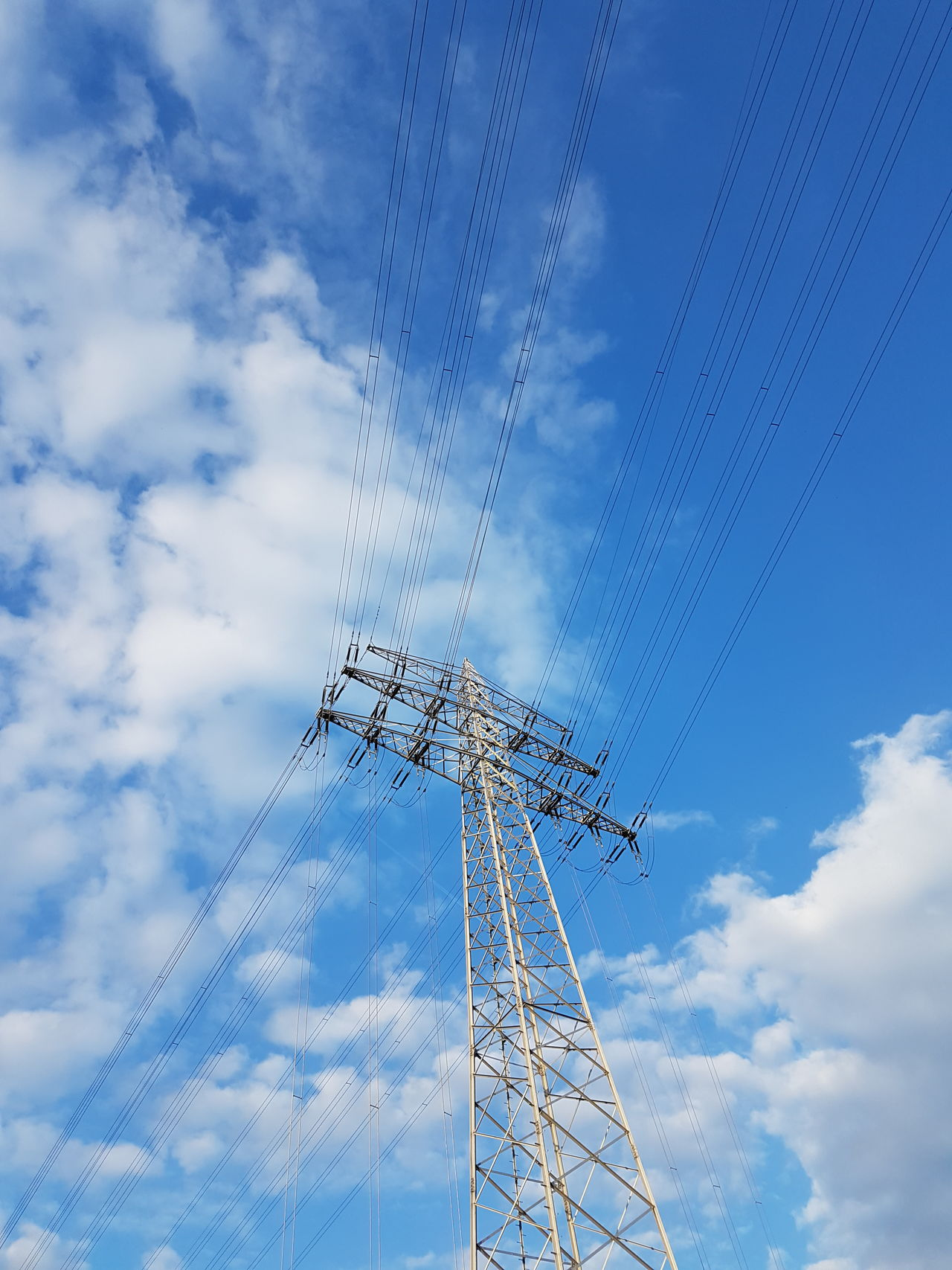 Cloud - Sky No People Technology Connection Cable Blue Day Outdoors Sky Close-up Electriccables Electricity Tower Electric Tower  GERMANY🇩🇪DEUTSCHERLAND@ Electricity  Low Angle View