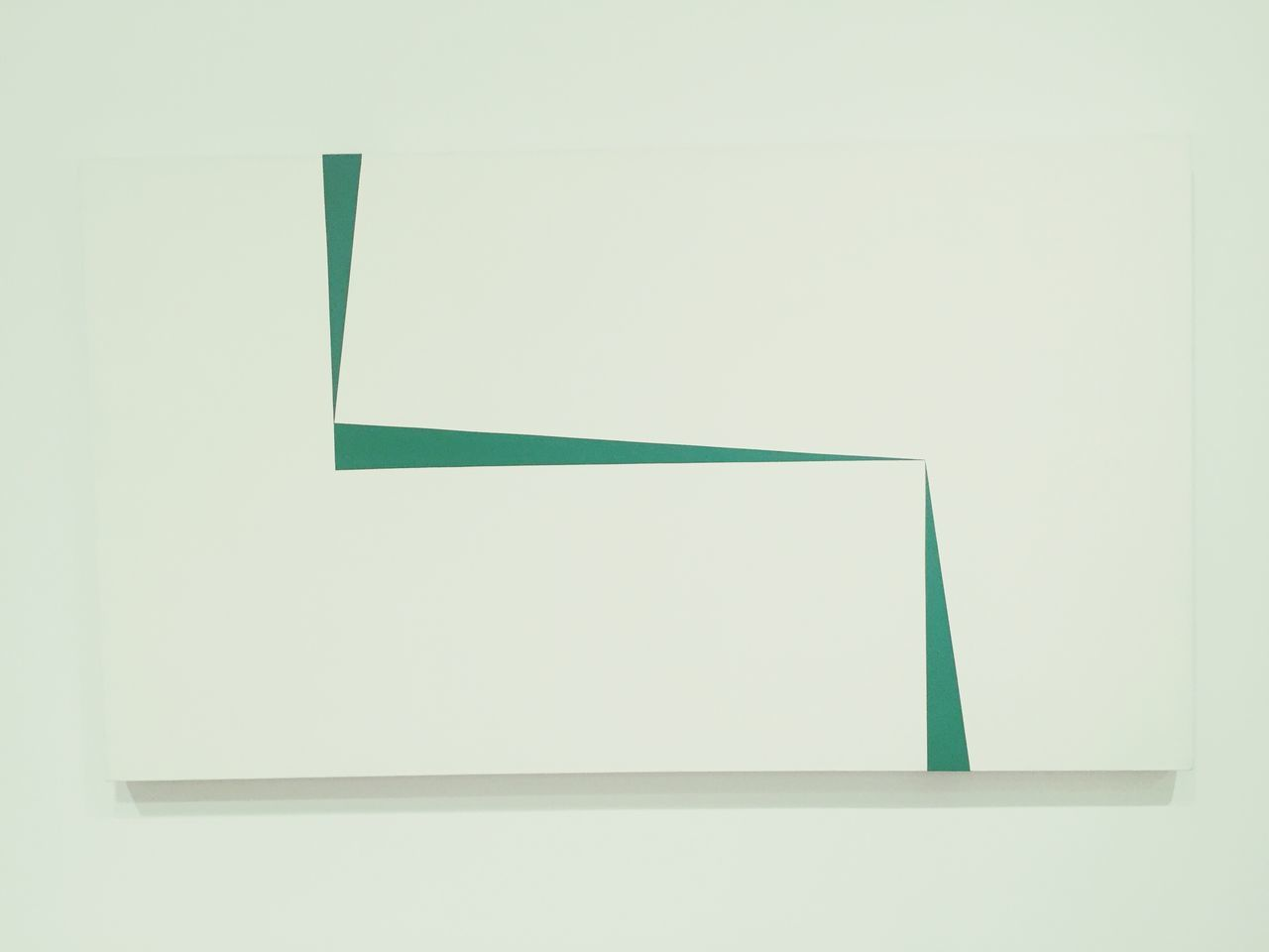 Triangular like bed Llines Geometric Color Green White Background Cuban Geometric Abstraction Lady Green Color Abstract Art Cuban Artist No People Geometric Shape Whitney Museum, NYC Lineart Diagonal Lines