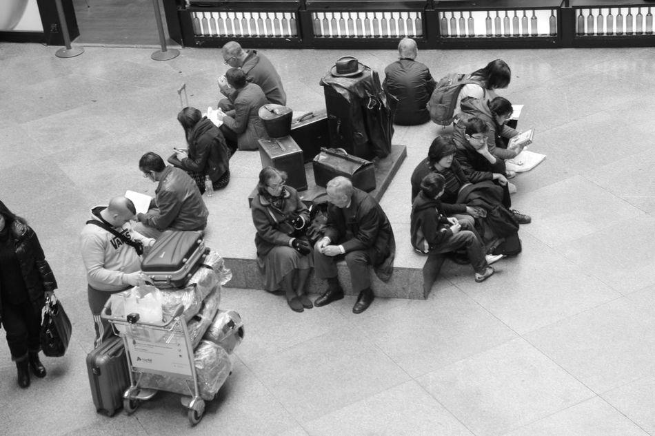High Angle View Men Archival Women Large Group Of People Real People Full Length Outdoors Day Adults Only Adult People Travel Traveling Travelers Blackandwhite Black And White Streetphotography Street Photography Check This Out Hanging Out Atocha Train Station Taking Photos Enjoying Life