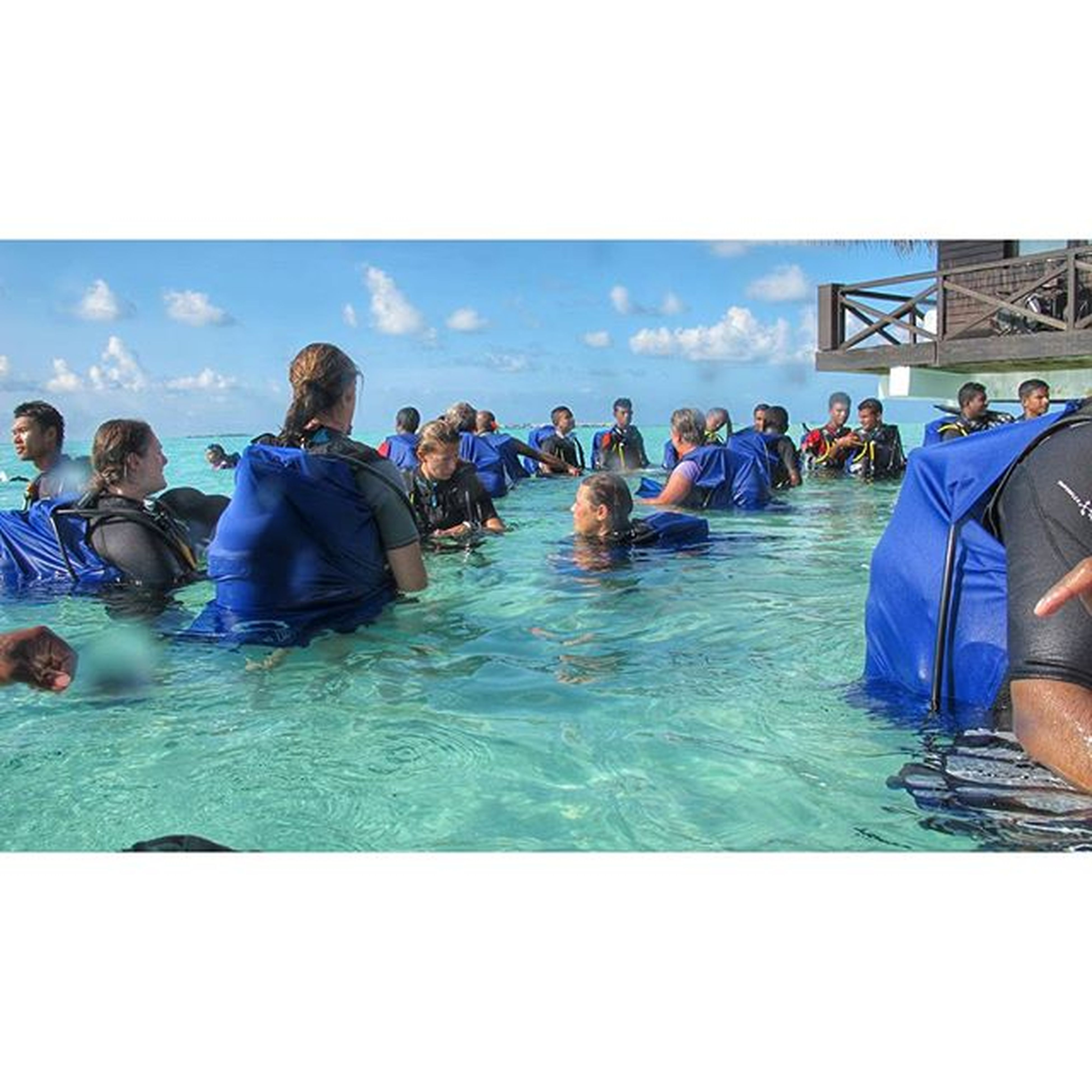 Charitydive Event . WorldDiabetesDay Wdd . Almost around 300 divers made the diabetes bluering scubadive malediven maledives maledivesisland scuba apex bluering beach sunsandsea sunnysideoflife