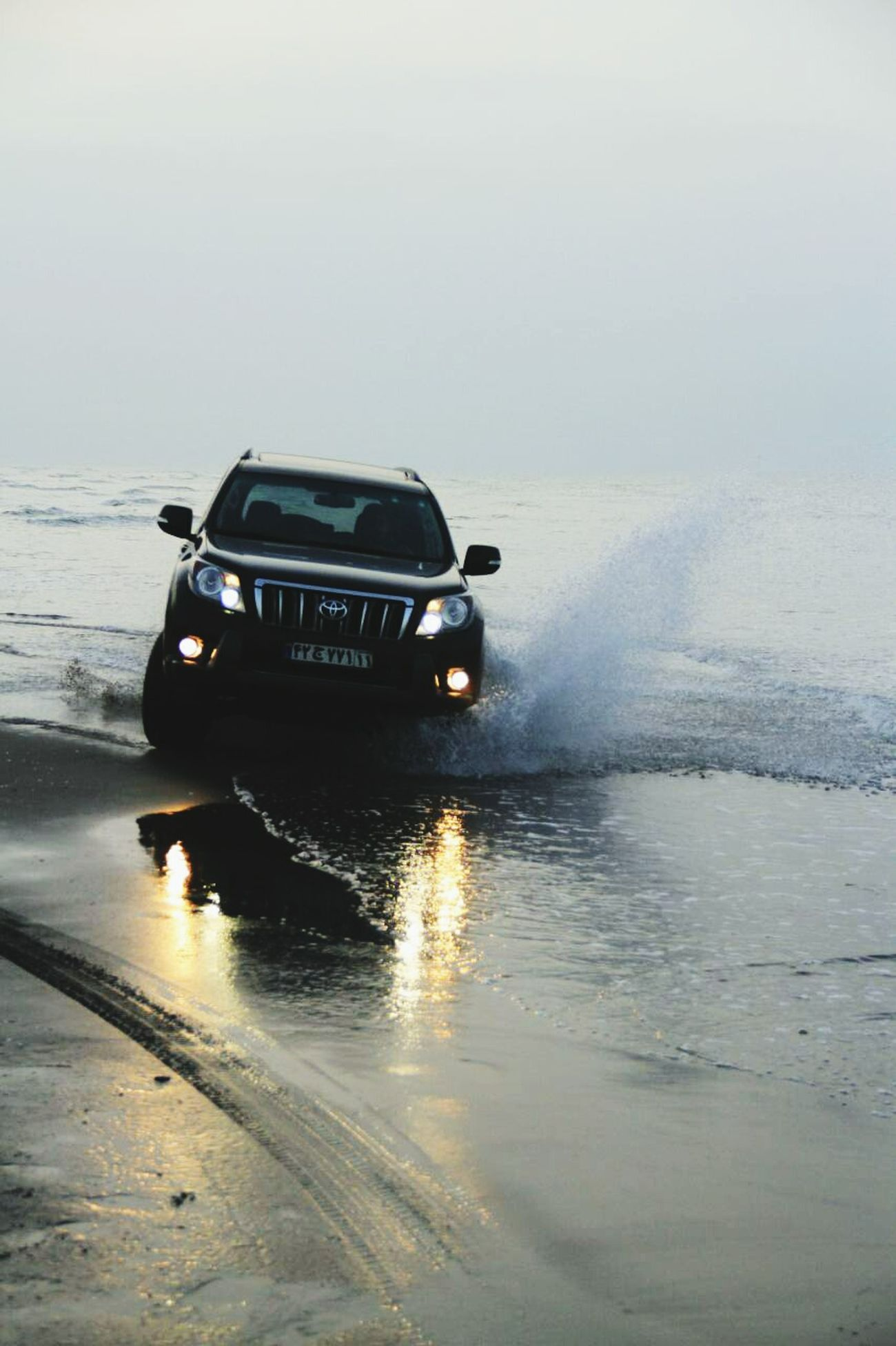 I,Am Crazy Toyota Landcruiser Khezer Shahr Sea Beach Off Road