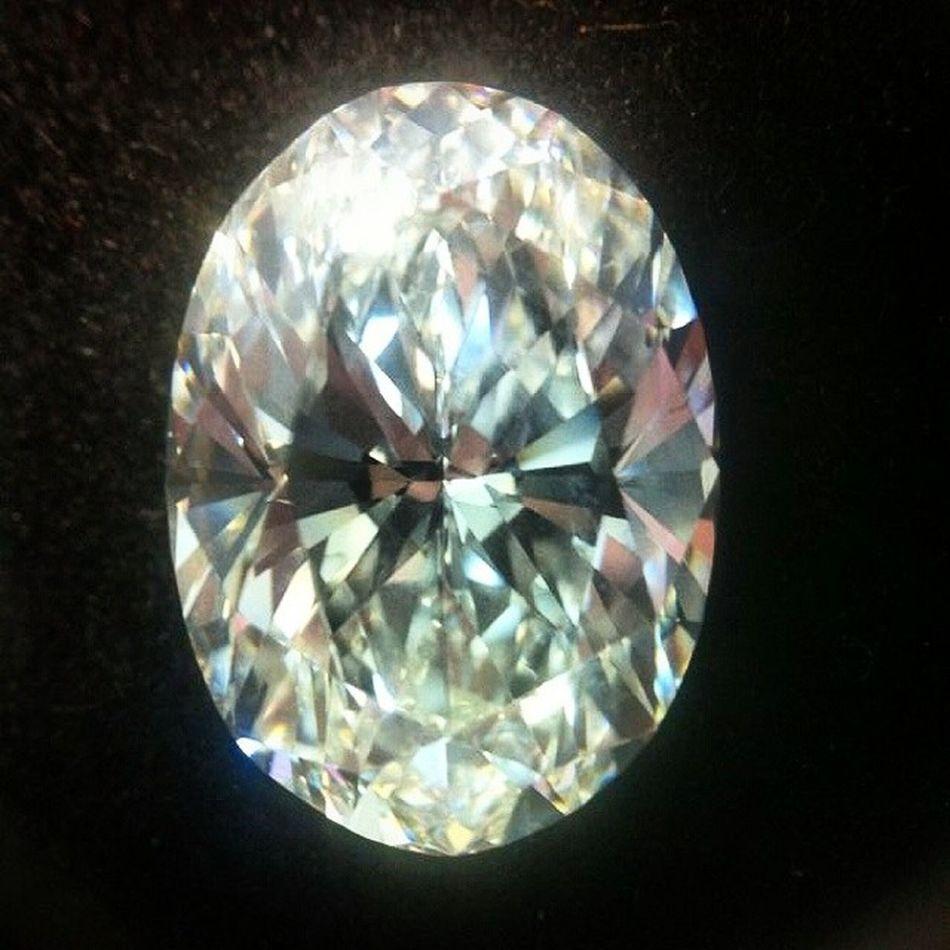 Yine Editsiz !Cok fotojeniksin parla bebegim 😍🌟⭐🌟Oval Cut Diamond Luxury Gemology Instadiamonds Jewelry Jewellery Jewels Mücevher Love Cute Luxury Fancy Instalike Blogger Fashioninsta Turkinstagram Instagramturkey