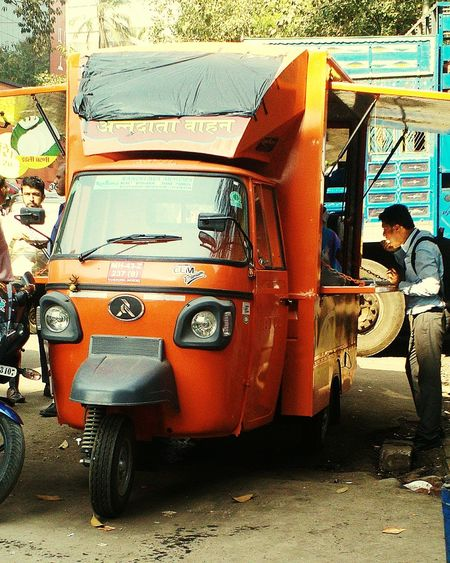 Indian food truck. Food On The Go Food Truck Urban Life Indian Food MumbaiDiaries Mumbailife