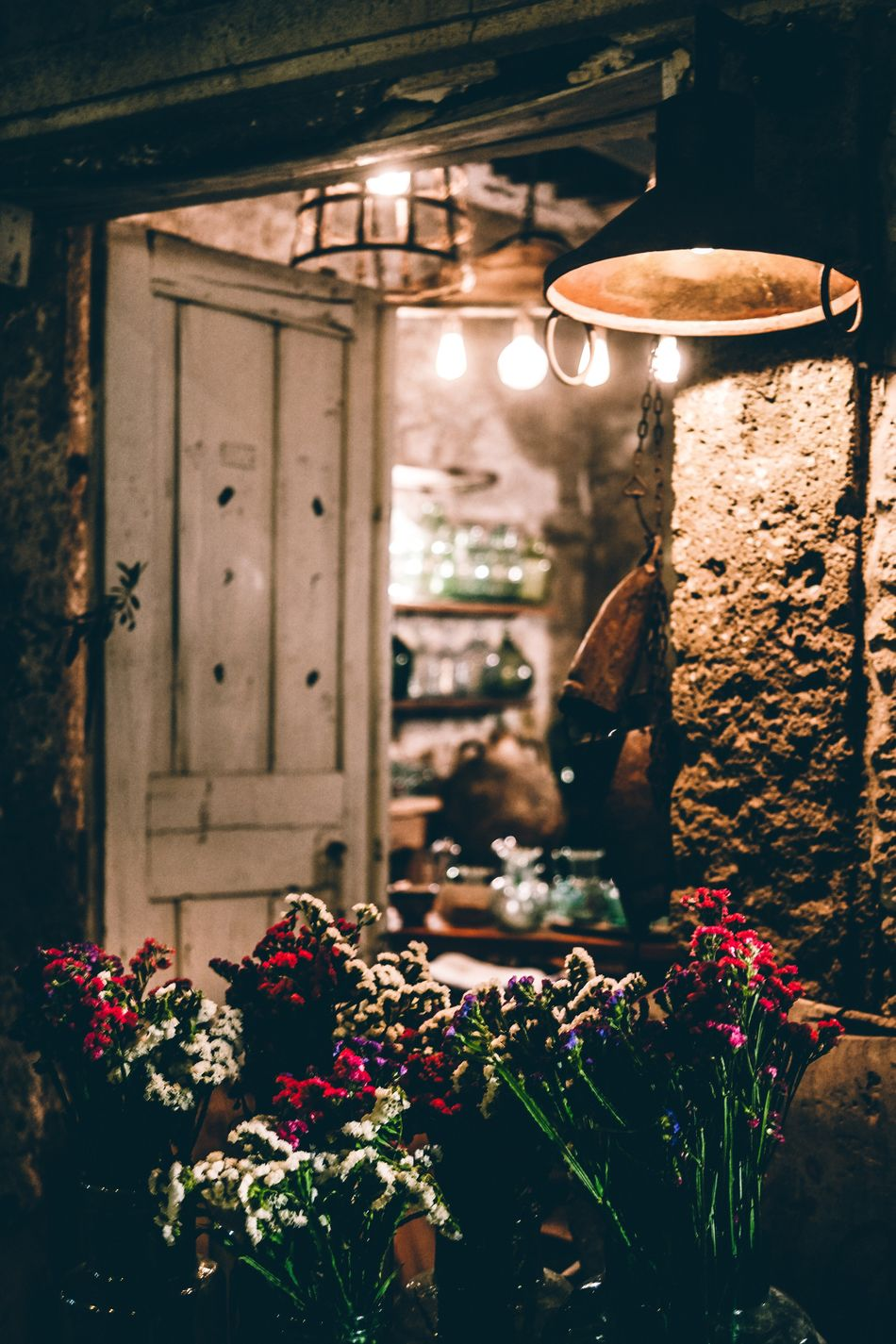 Door Stone The Great Outdoors - 2016 EyeEm Awards The Great Outdoors With Adobe The Essence Of Summer The Essence Of Summer- 2016 EyeEm Awards Summer Summertime Summer Views Alaçatı Flower Flowers Nightphotography Night Lights The Architect - 2016 EyeEm Awards The Street Photographer - 2016 EyeEm Awards