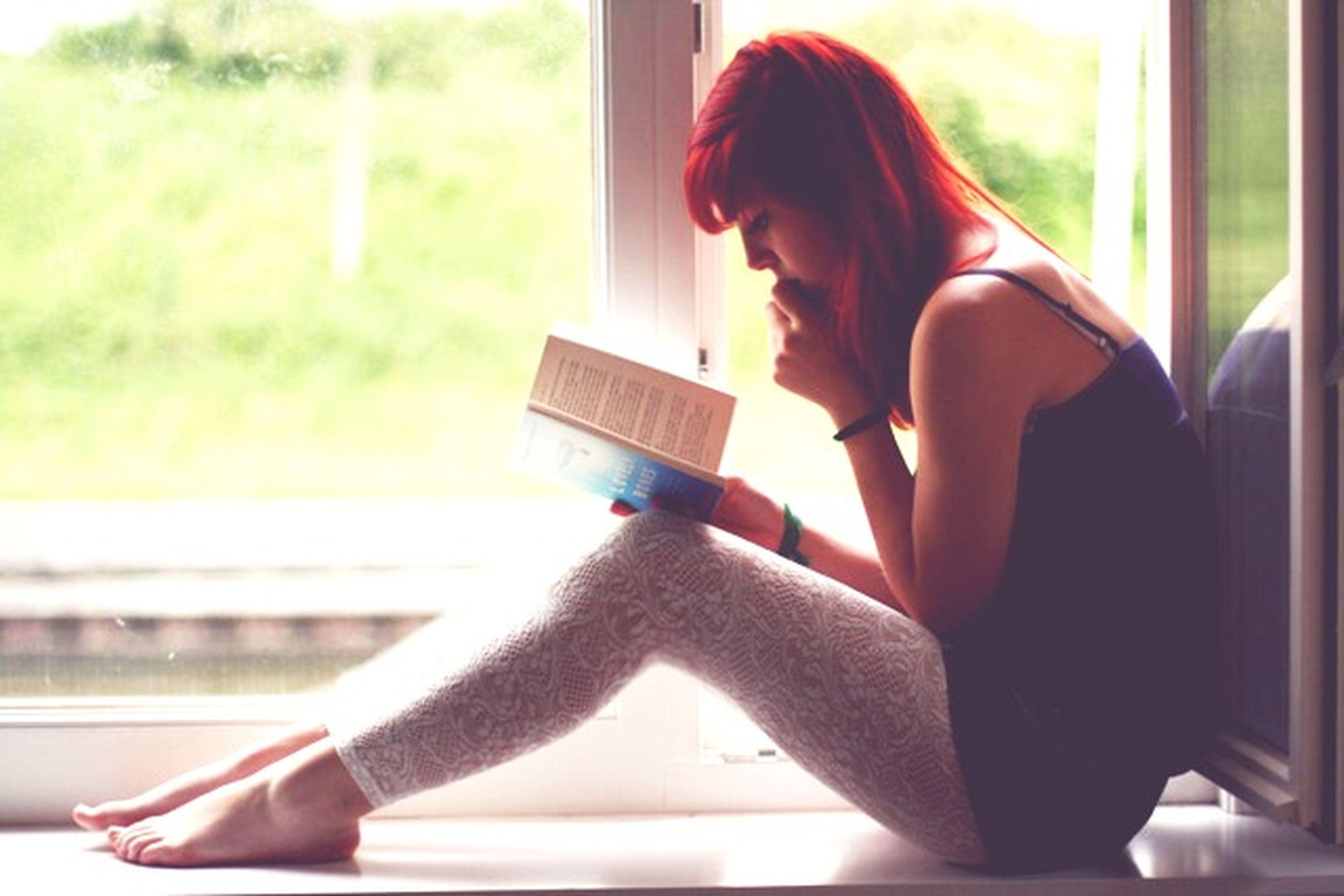 Ты, кажется, читаешь теперь только затем, чтобы находить что-нибудь насчет себя и меня. Впрочем, все женщины так читают. ИванБунин ЖизньАрсеньева