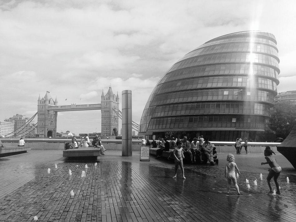 Architecture Modernity Modernity & Tradition Newandold London United Kingdom Europe