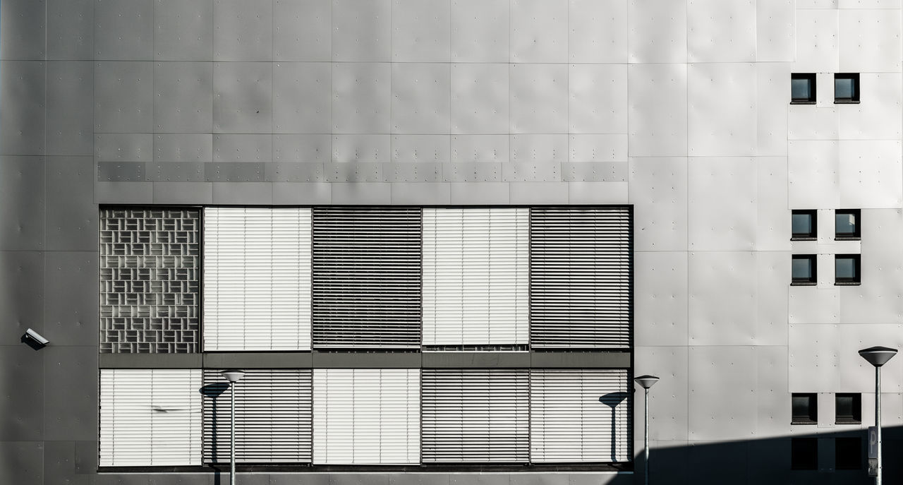 Facadewithlampsandshadow Architectural Feature Architecture Architecture_collection Architecturelovers Berlin Berlin Photography Building Exterior Built Structure Façade Lamps Light And Shadow Minimalism Minimalist Architecture Minimalistic No People Urban Geometry Urbanphotography Window The Architect - 2017 EyeEm Awards