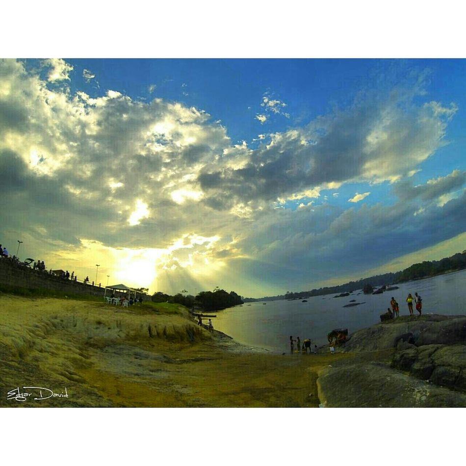 Porto Grande Amapá Brasil Sunset Fimdetarde Luzes Nuvens Live Photography Deuslevolt