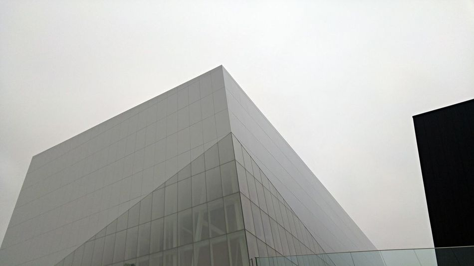 Architecture Design Futuristic Angle Slanted Oblique Unique Perspective Cityscapes Modern Architecture Building Modern Glass And Steel Montréal Canada