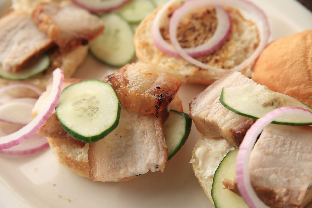 Buns Close-up Cucumbers Dinner Food Food Preparation Home Cooking Indoors  Meal Meat Natural Light No People Overhead Plate Pork Belly Ready-to-eat Red Onion Sandwiches Serving Size Sliced Vegetables Sliders Temptation Vegetables
