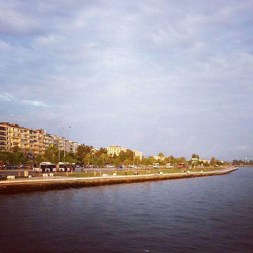Günaydın herkese, iyi haftalar... Göztepe Karşiyaka Vapur guzelyali sahil sabah