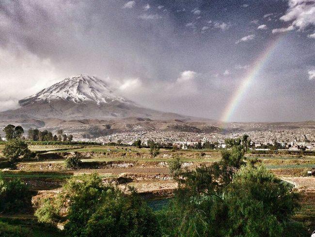 Una foto que tomé de mi ciudad! Arequipa Misti Arequipa - Peru Peru Rainbow Nature Vulcano Igersperu Campina Landscape Paisaje