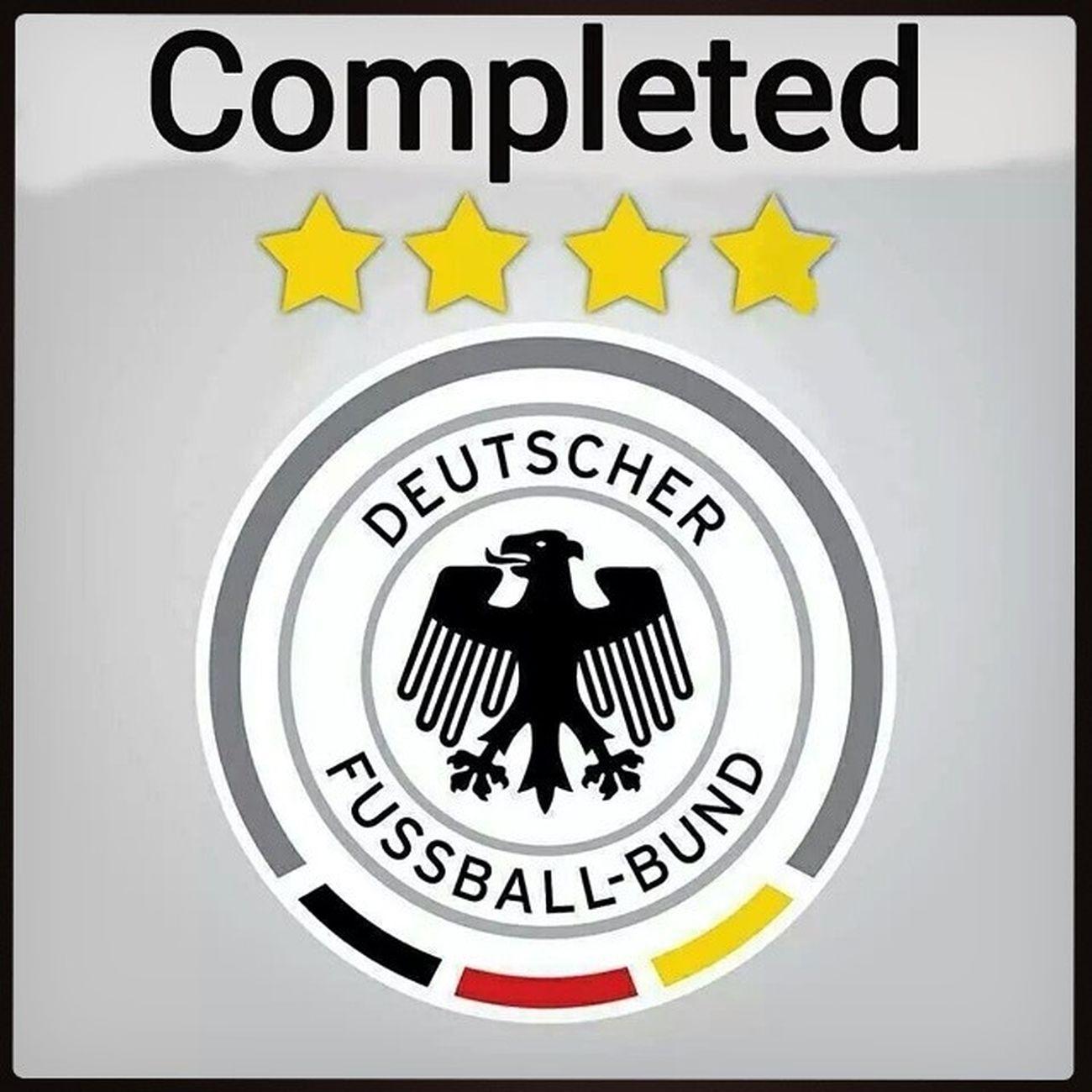 Danke Jungs.... Deutschland Weltmeister Schwarzrotgold AneurerSeite bereitwienie GERARG FIFAWORLDCUP2014 viersterne WM2014 WMFinale Schlaaand flagface worldcup worldcup2014 football brazil GER ARG GERvsARG