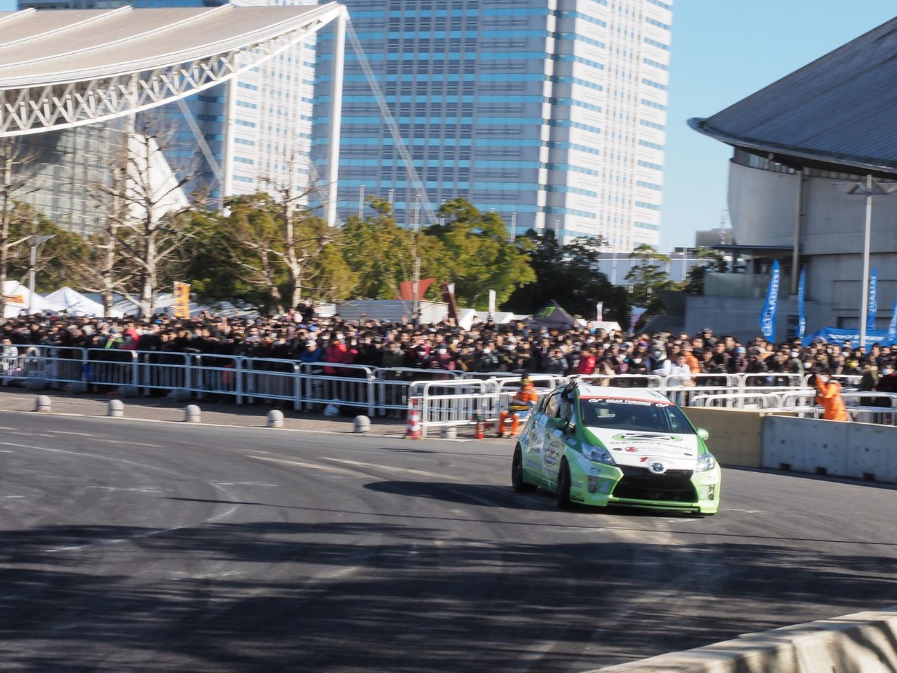 Prius, challenging drift!!(≧∇≦)……could not be drift(´・ω・`) Tokyo Auto Salon 2015 Prius Drift Drifting Car Cars Enjoying Life 東京オートサロン 東京オートサロン2015