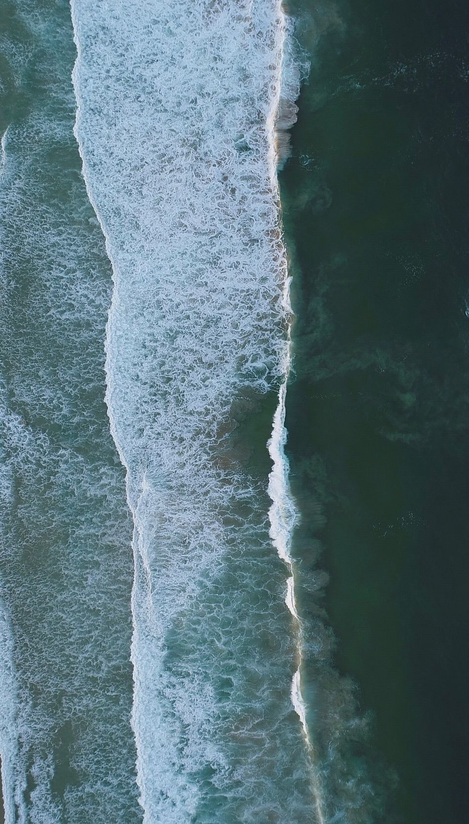 Vertical shot (drone) of waves🌊 Water Nature Beauty In Nature No People Waterfront Motion Day Tranquility Wave Sea Scenics Outdoors Power In Nature Backgrounds Dronephotography Droneshot Drone  Phantom 4 Pro