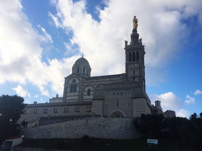 Architecture Building Exterior Sky Built Structure Low Angle View Cloud - Sky Day Outdoors Place Of Worship Travel Destinations No People City Marseille Eglise First Eyeem Photo Like4like Community Basilique FirstEyeEmPic