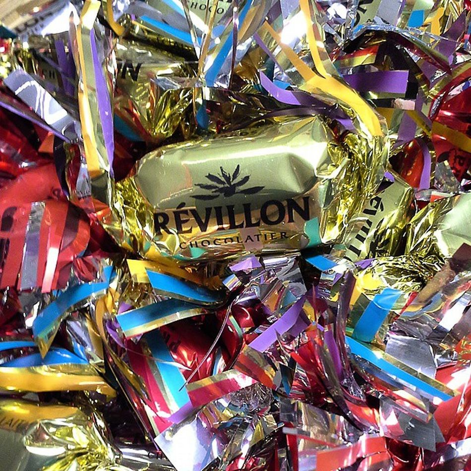 Hmmmmmm.... ?? Noël Révillon Papillotes Tradition chocolat fêtes gourmandise christmas miam colors