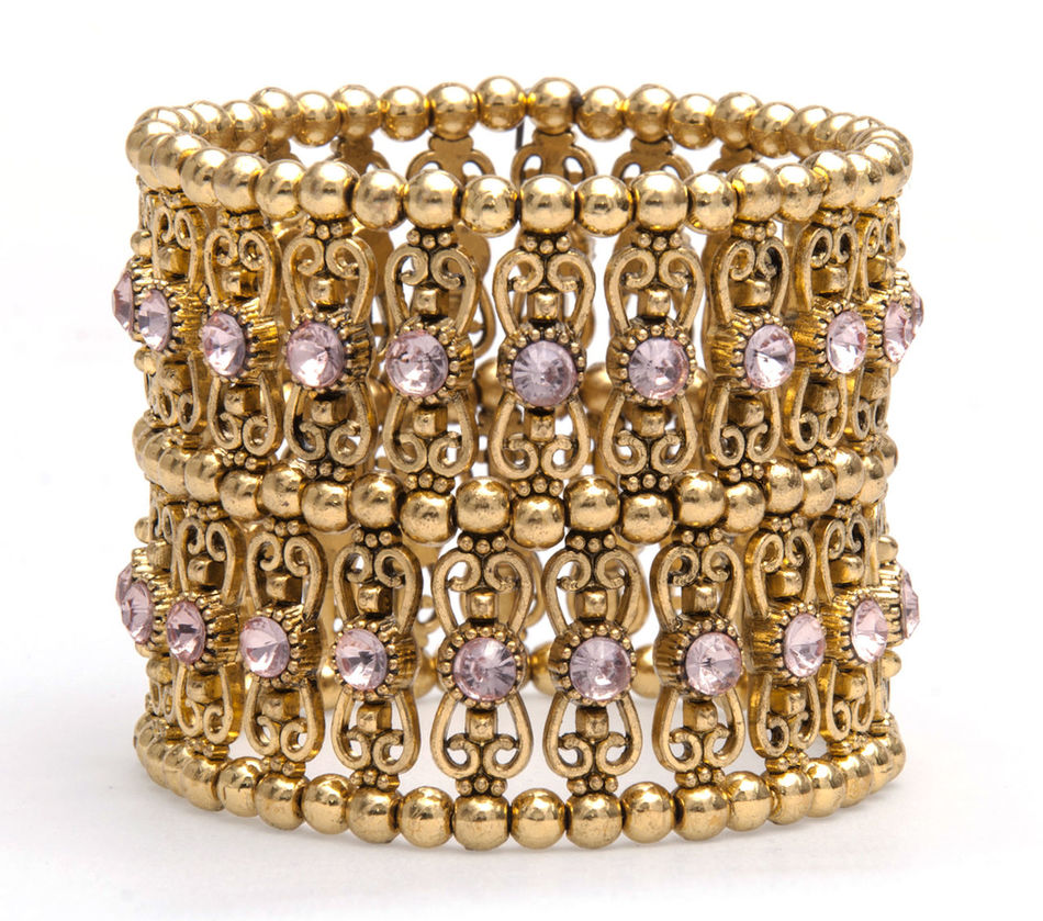 Bijoux Bijuteria Bijuterias Bracelet Bracelete Close-up Golden Jewelry No People Produtos Pulseiras Still Life Studio Shot White Background