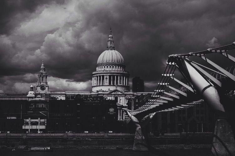 St Paul's Cathedral Milleniumbridge Stpauls Black&white Moody