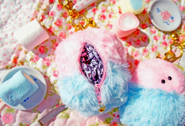 😁🍭⚜🍰 marshmallows detail Laviniafenton Cute Marshmallow Coin Purse Handmade Decoration Boutique Hello World Check This Out Colors Pastels Malvaviscos Etsy Characterdesign Food Sweets My Favorite Photo First Eyeem Photo