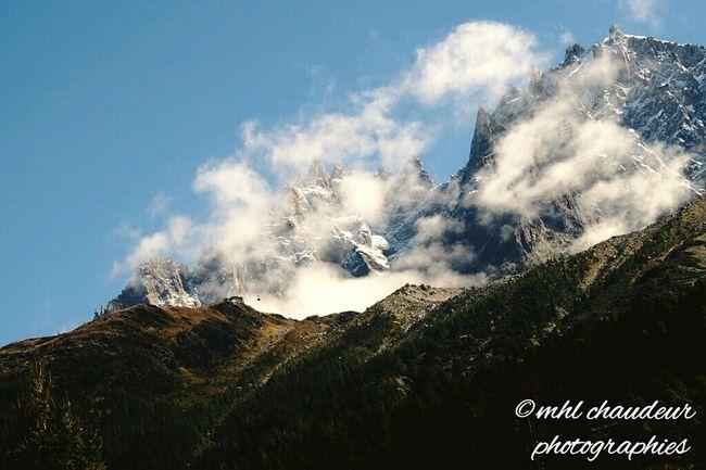 La tete dans les nuagesHomesweethome Mountain View Chamonix-Mont-Blanc Mhlchaudeurphotographies Aiguille Du Midi
