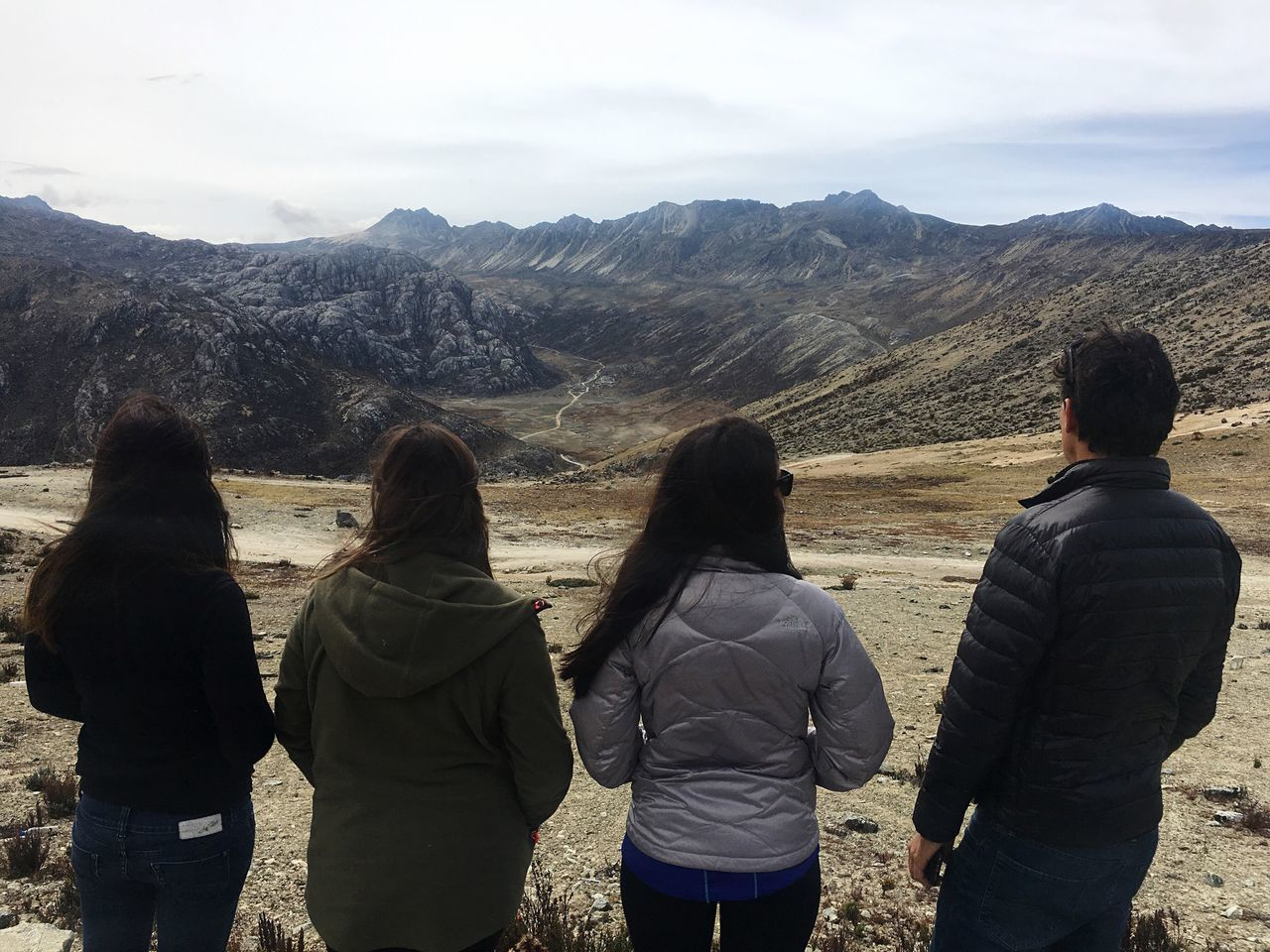 Mountain Rear View Real People Beauty In Nature Leisure Activity Sky Mountain Range Scenics Nature Four People Five People Hiking Lifestyles Landscape Outdoors Vacations Day Women Friendship Tranquility Men Andes Andes Mountains Andesmountains Non-urban Scene
