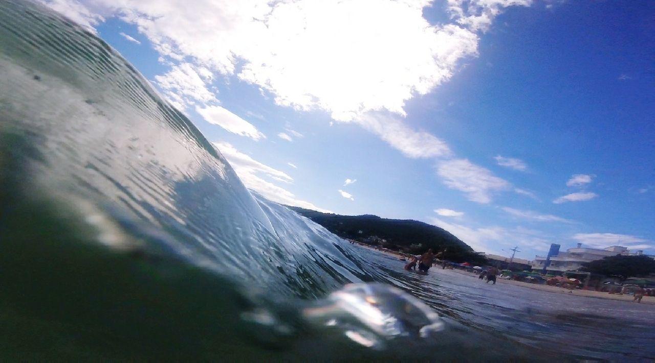 Praia Bombinhas, SC.