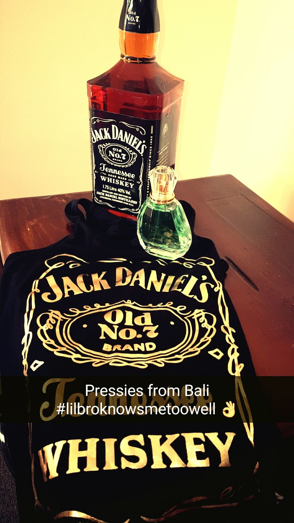 Jackdaniels Chicswholovejacks Perfume Singlet JD