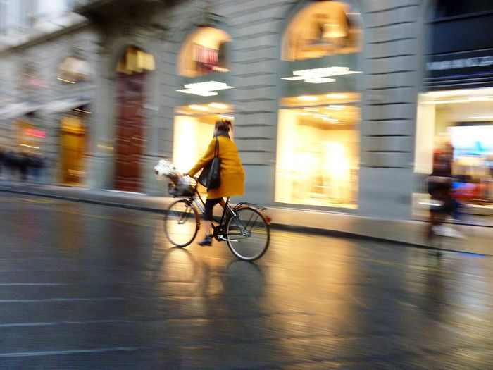Stylish cycling CyclingUnites Transportation Mode Of TransportBlurred Lights Cycling Blurred Motion Florenz/Firenze Motion Bicycle City Lifestyles Illuminated Speed City Street EyeEm Gallery Reflection Eyem Gallery Golden Moment City Lights Evening Mood Rainy Day Womanfashion Fashion The City Light Your Ticket To Europe Investing In Quality Of Life Be. Ready. Love Yourself Colour Your Horizn