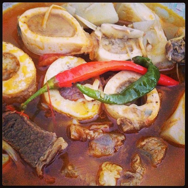 Barado naman ugat sa corazon ta cni. Lunch BULALO Kansi Food bonemarrowsoup foodpic hornyfood march6