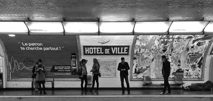 subway at Métro Hôtel de Ville [1,11] by Capra311