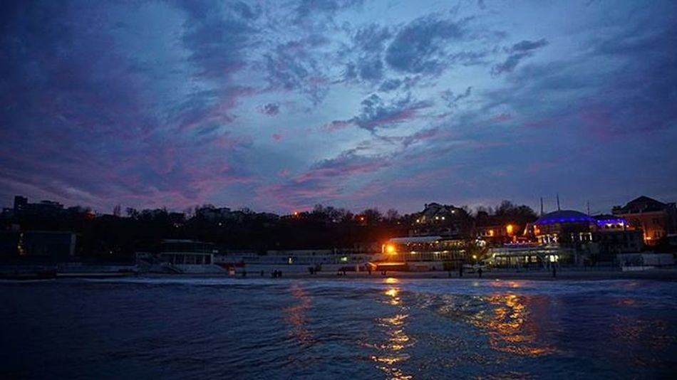 одесса одеса Море пляж свет Ночь вечер огни огнигорода волны Odessa Night Lights Bigcitylights Evening Sea Beach Odesa Sunset Закат західсонця вогні Seawaves хвилі Sky небо