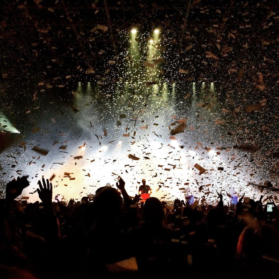 Taken during the encore at the OneRepublic concert in Toronto. The confetti was so beautiful I just had to capture it. Photooftheday Concert Stage Confetti Elkramj Onerepublic Taking Photos FanMoment