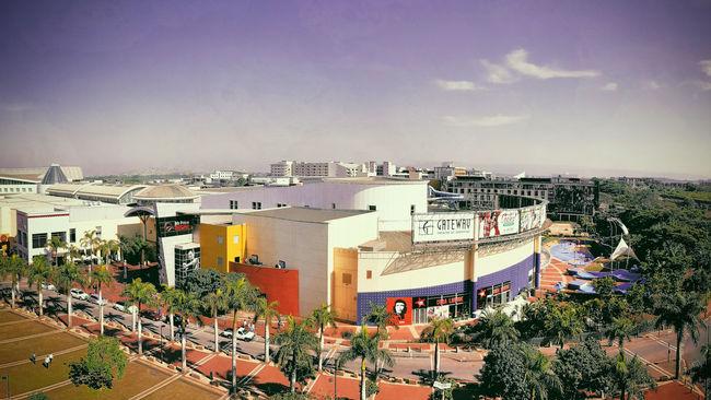 Gateway Shopping Mall, Durban, South Africa. Galaxy Note 7 | 26mm | 1/2904 sec | f/1.9 | iso 50 Wanderlust Think Big