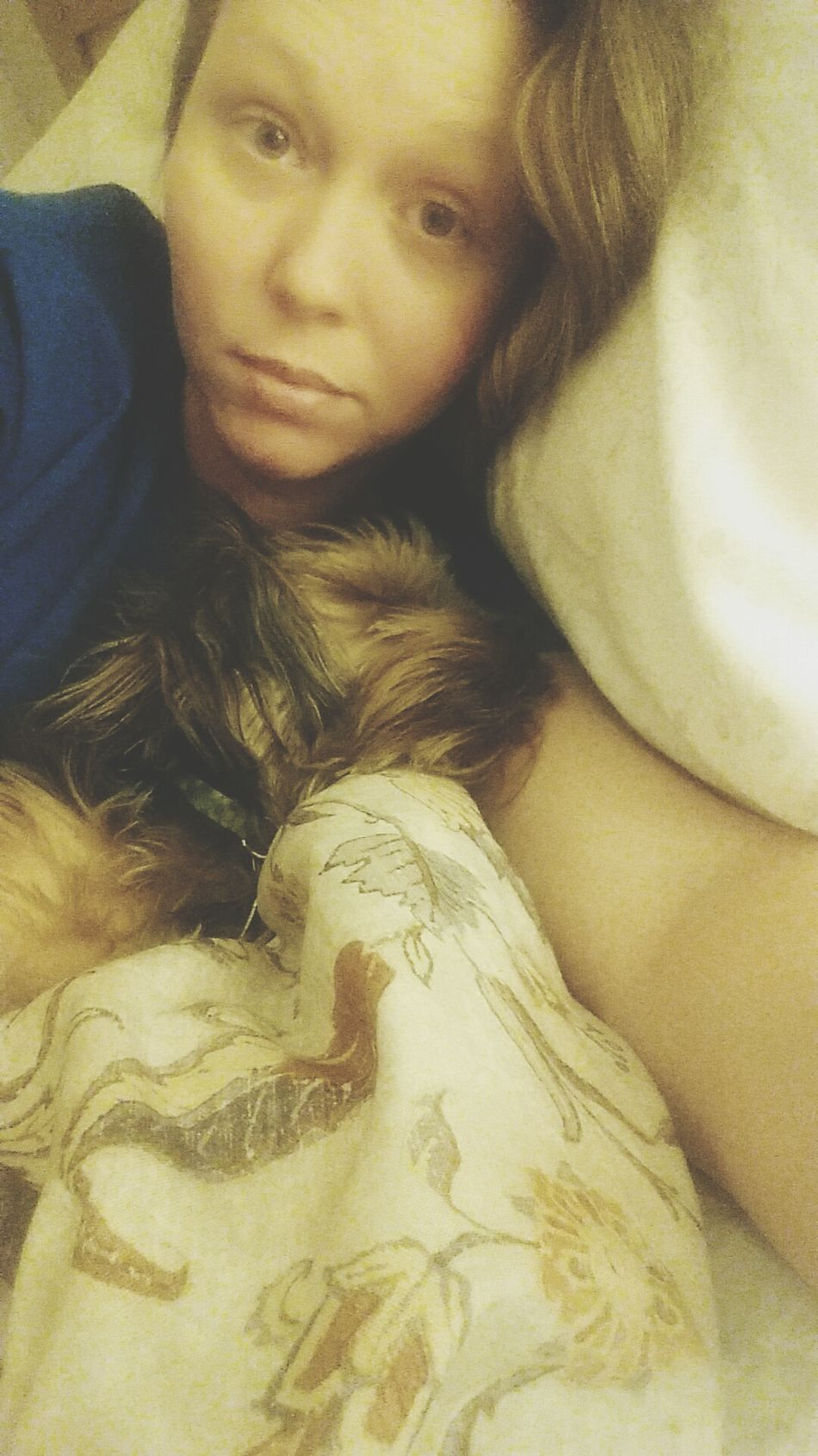 Such a sweet baby! I haven't moved out of bed all day and neither furbaby has left my side for a second... SickSelfie Bronchitis Netflixalone