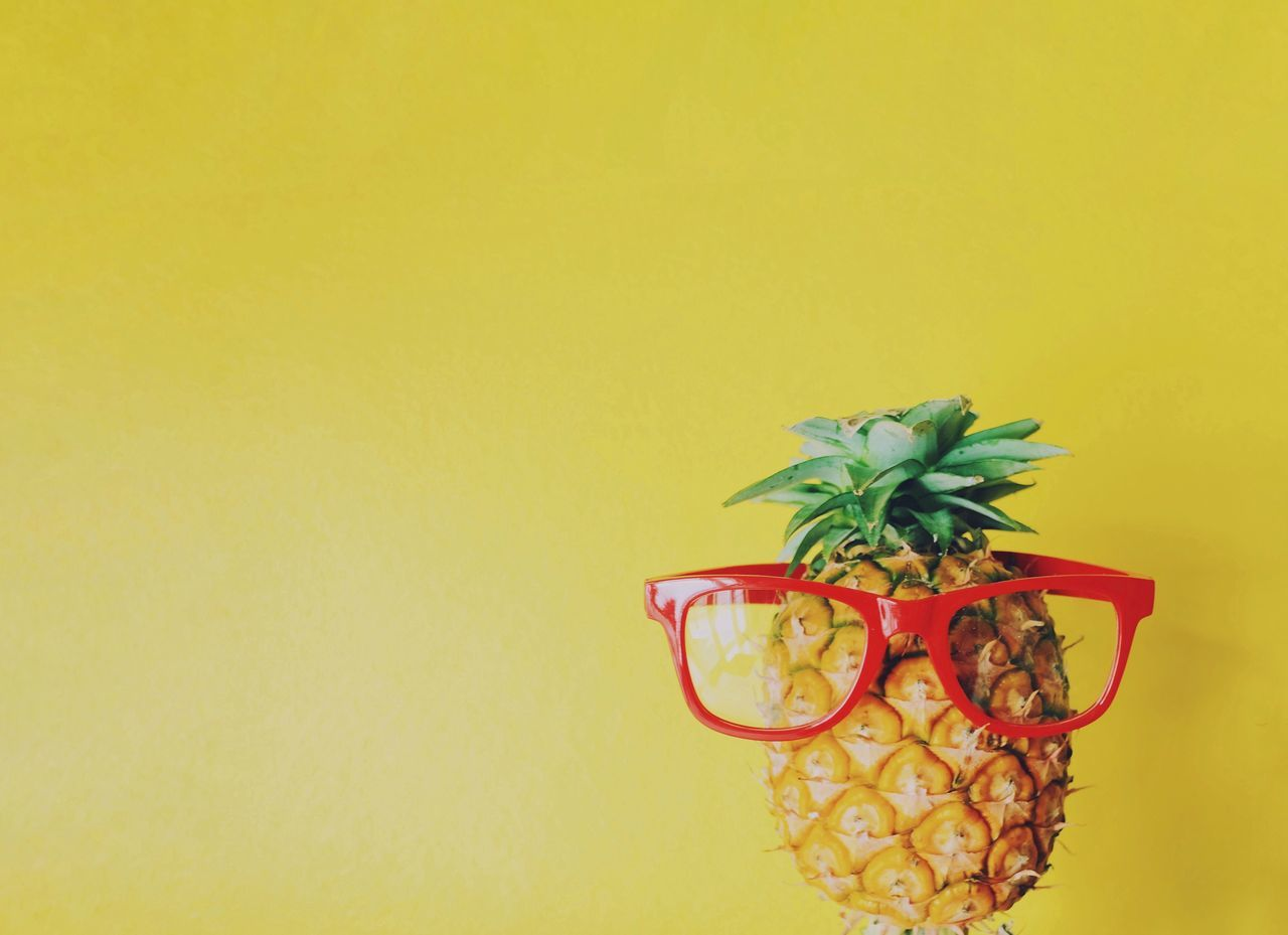 Copy Space Yellow Studio Shot Yellow Background Indoors  Close-up Freshness Nature Pineapple Fruit Food Funny Summer Summertime Conceptual Eyeglasses  Colorful Face Backgrounds Vacations