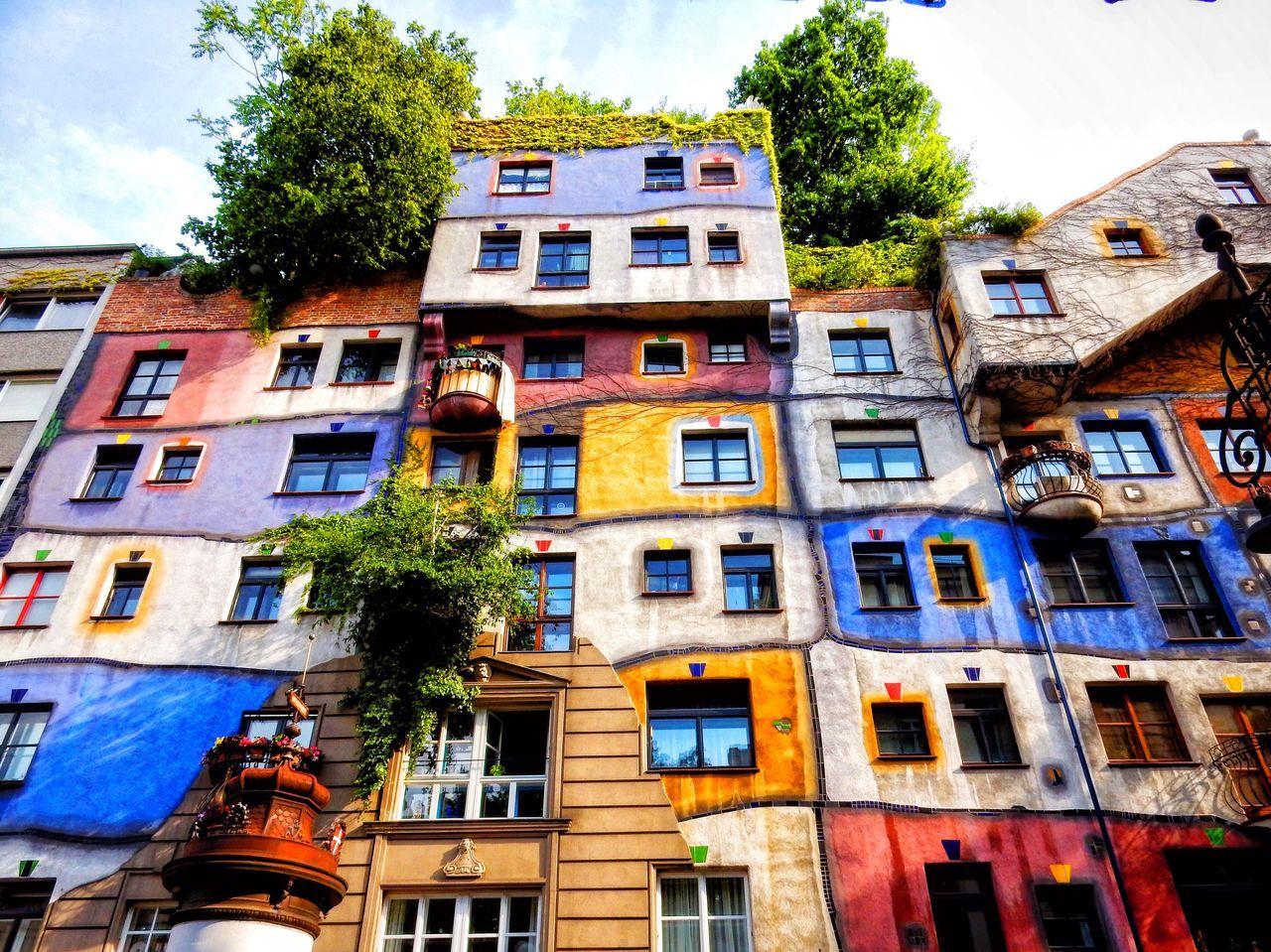 """Hundertwasserhaus"" Architecture House Discover Your City Travel Destinations Travel Adventure Explore Landscape Wanderlust Discovery Photography Vienna Europe"
