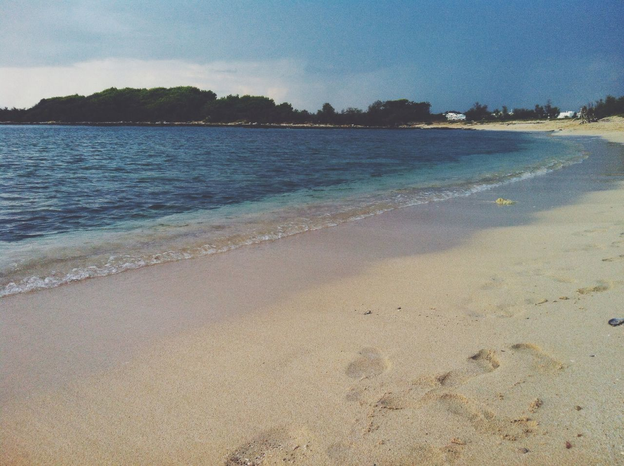 beach, sea, nature, sand, no people, water, tranquility, holiday, sky, scenics, outdoors, beauty in nature, day