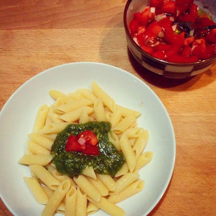 Tonight - homemade Pesto Mjam